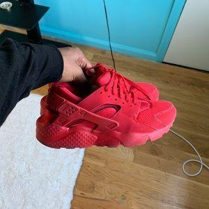 Triple Red Nike Huarache OG GS 6.5Y